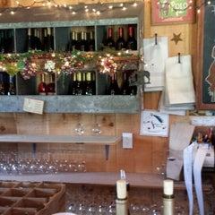 Photo taken at Hunter's Run Wine Barn by Jeffrey P. on 5/25/2014