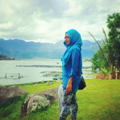 Photo taken at Danau Maninjau by Dian D. on 7/31/2014