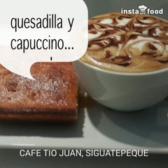 Photo taken at Siguatepeque by Cafe Tio Juan on 8/23/2014