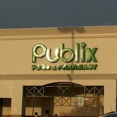 Photo taken at Publix by George S. on 11/13/2012