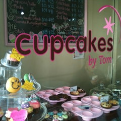 Photo taken at Cupcakes by Tom by Jesus S. on 4/12/2013