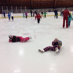 Photo taken at Minnehaha Academy Ice Arena by Dane H. on 11/16/2014