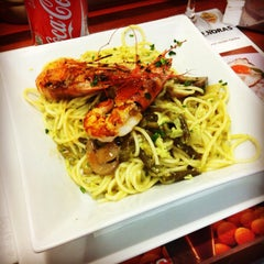 Photo taken at Restaurante Equilibrium by Federico Á. on 3/10/2014