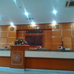 Photo taken at KPP Wajib Pajak Besar Dua (LTO 2) by DIDIT SARWO HWK - XAI B. on 5/18/2015