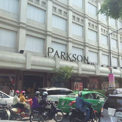 Photo taken at Parkson Saigon Tourist by Ted on 11/27/2015