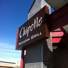Photo taken at Chipotle Mexican Grill by Michael M. on 4/11/2014