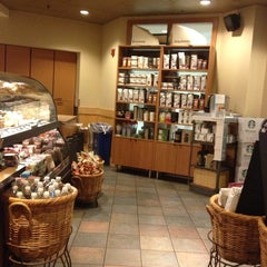 Photo taken at Starbucks by Sherry M. on 7/4/2013