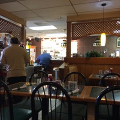 Photo taken at Veronica Diner by Mark N. on 9/3/2014