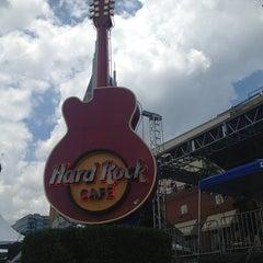 Photo taken at Hard Rock Cafe Nashville by Jennifer M. on 6/9/2013