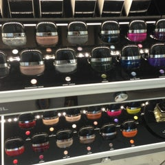 Photo taken at Marc Jacobs Beauty by Leigh F. on 8/16/2013