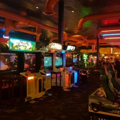 Photo taken at Dave & Buster's by Ricardo L. on 8/20/2012