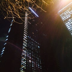 Photo taken at SUBWAY 住友不動産新宿グランドタワー店 by 中丼 on 3/12/2015