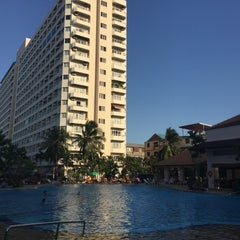 Photo taken at Jomtien View Talay  Condominiums Pattaya by Gennady P. on 1/1/2016