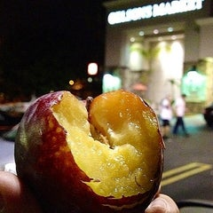Photo taken at Gelson's Market by Michael Anthony on 10/5/2012