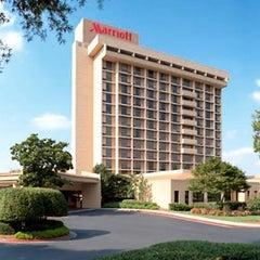 Photo taken at Atlanta Marriott Northwest by Atlanta Marriott Northwest on 6/27/2014