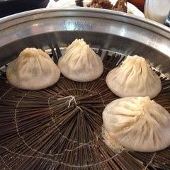 Photo taken at Shanghai Restaurant by Eva L. on 1/12/2014