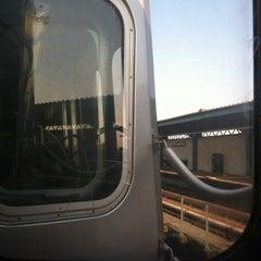 Photo taken at MTA Subway - J Train by Allie P. on 8/31/2012