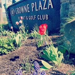 Photo taken at Crowne Plaza Resort Lake Placid-Golf Club by Jesse Q. on 5/17/2012