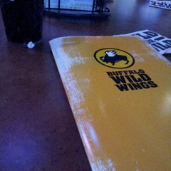 Photo taken at Buffalo Wild Wings by Edward R. on 8/30/2012