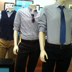 Photo taken at Banana Republic by DF (Duane) H. on 7/26/2012