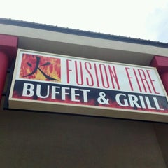 Photo taken at Fusion Fire Buffet And Grill by Sam W. on 4/26/2012