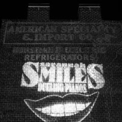 Photo taken at Savannah Smiles Dueling Pianos by Chelsea Patricia on 6/24/2012