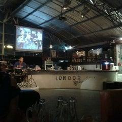 Photo taken at Blar Blar Bar (บลา บลา บาร์) by Pinzz S. on 3/9/2012