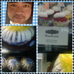 Photo taken at Nothing Bundt Cakes by Francis D. on 9/24/2013