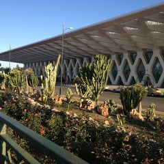 Photo taken at Aéroport de Marrakech Ménara | مطار مراكش المنارة‎  (RAK) by Blondi on 4/2/2013