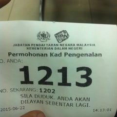 Photo taken at Jabatan Pendaftaran Negara Selangor by Mohamad N. on 6/22/2015
