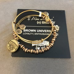 Photo taken at ALEX AND ANI Newport by Elyse E. on 5/24/2014