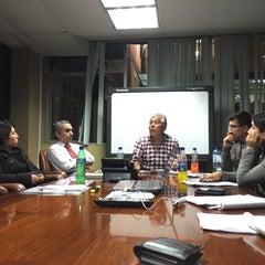 Photo taken at Ministerio de Energía y Minas by Julio César N. on 10/15/2015