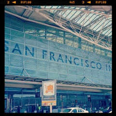 Photo taken at San Francisco International Airport (SFO) by Hidekazu I. on 7/27/2013