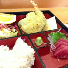 Photo taken at Seto Tempura House by Hidekazu I. on 11/29/2012