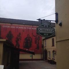 Photo taken at Smithwicks Brewery Tour by 🔪Miroslav B. on 8/21/2014