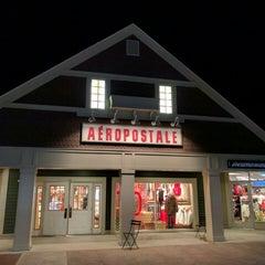 Photo taken at Aéropostale by eSpacioShop .. on 12/6/2015