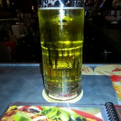 Photo taken at Red Robin Gourmet Burgers by Jason G. on 12/4/2013