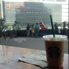 Photo taken at Starbucks Coffee by Joseph S. on 12/14/2012