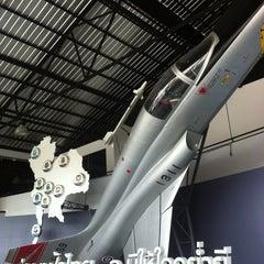 Photo taken at พิพิธภัณฑ์กองทัพอากาศ (Royal Thai Air Force Museum) by Linda C. on 4/5/2013