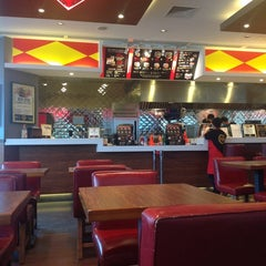 Photo taken at Fatburger by Tom G. on 9/27/2012