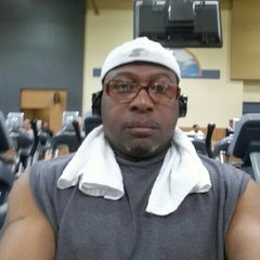 Photo taken at 24 Hour Fitness by Tyrone E. on 8/29/2015