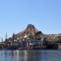 Photo taken at 東京ディズニーシー (Tokyo DisneySea) by いがため on 5/3/2013