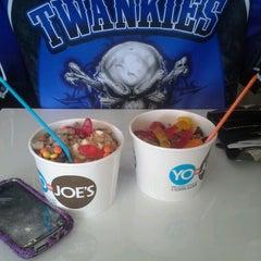 Photo taken at Yo-Joe's Frozen Yogurt & Coffee Shoppe by Jenneda P. on 6/8/2012