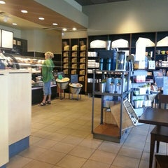 Photo taken at Starbucks by John R. on 7/29/2013