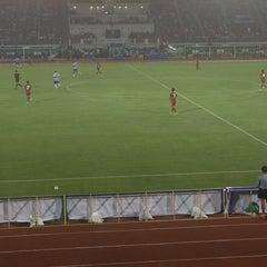 Photo taken at สนามศุภชลาศัย (Supachalasai Stadium) by Mook on 7/8/2015