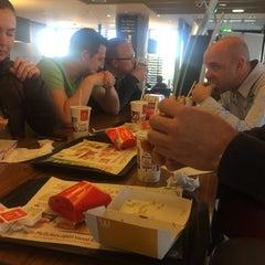 Photo taken at McDonald's by Benito van Dijk on 4/13/2015