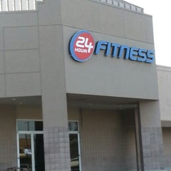 Photo taken at 24 Hour Fitness by Austin S. on 2/15/2013