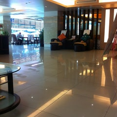 Photo taken at The Centric Ratchada Hotel Bangkok by Funny on 3/5/2013