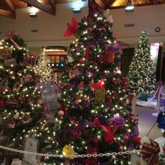 Photo taken at Bucks County Visitor Center by CorpSource C. on 12/18/2014
