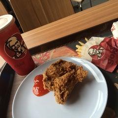 Photo taken at KFC Sg Besi by Ieka J. on 9/13/2015
